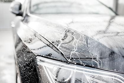 Carro molhado