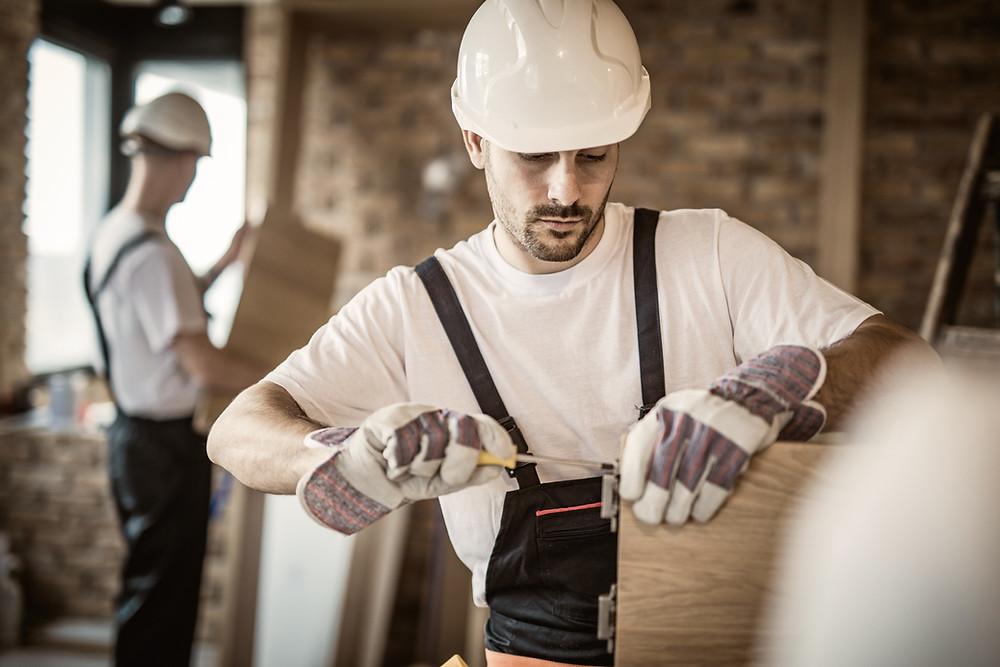 Особенности трудоустройства иностранного гражданина с разрешением на временное проживание