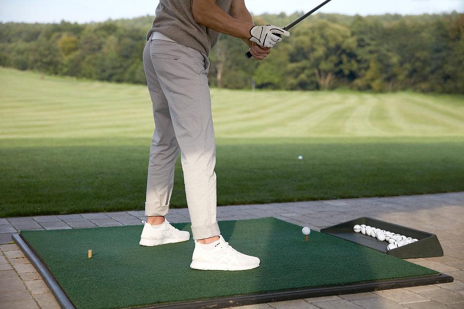 Männlicher Golfspieler
