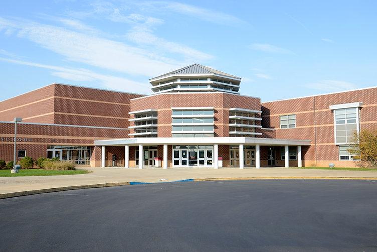 Экстерьер средней школы