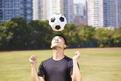 Voetbal koptekst