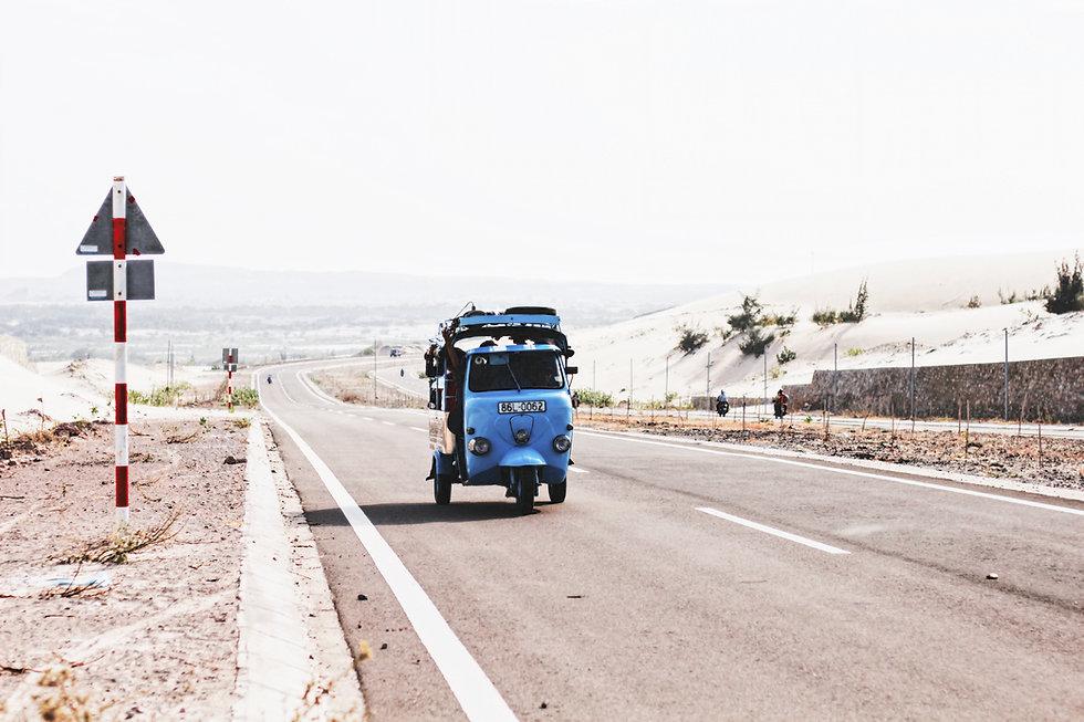 Blaue Auto-Rikscha