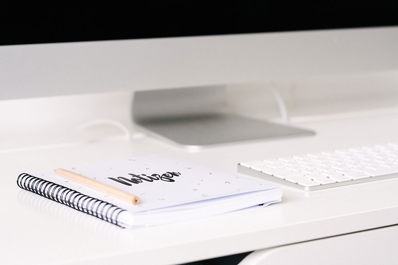 Ordentlicher Schreibtisch