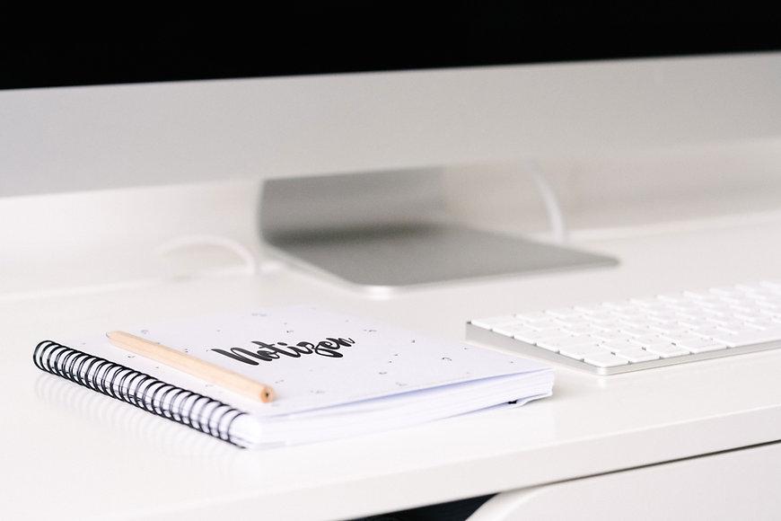 Neat Desk