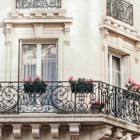 Balcone danneggiato o pericolante: chi paga?