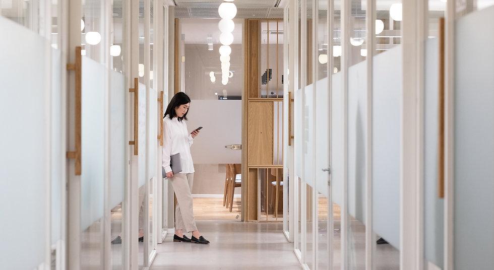 Couloir de bureau