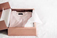 Cajas rígidas para prendas