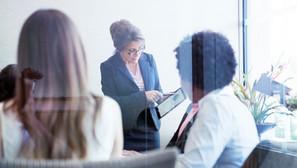 Só 3,5% das empresas têm mulheres como CEO