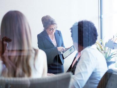 Digitales Leadership: Was ist es? Oder auch nicht? Und was können wir daraus lernen?