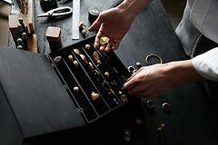 espositore per gioielli in plexiglass