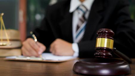 サンディエゴ郡でストリップクラブからの訴訟とレストラン営業再開