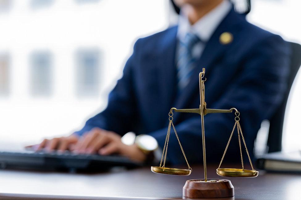 弁護士、弁護士事務所