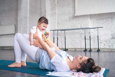 Faire de l'exercice avec bébé