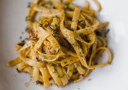 Pasta with Tapenade, chilli and parsley M