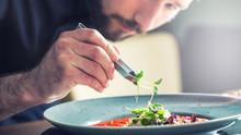 Recrutement de cuisiniers au Mas du Calme, Grasse