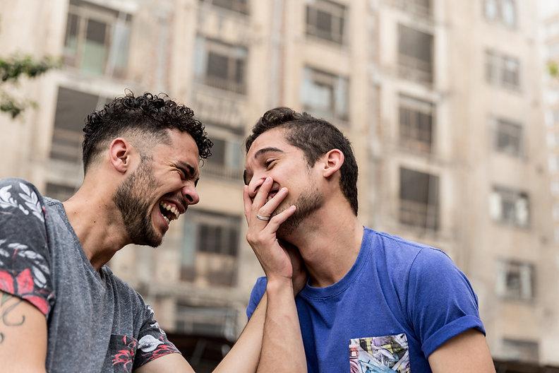 Lachen Paar