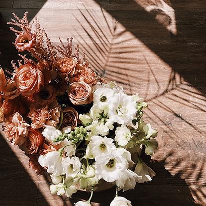 Květiny a stíny