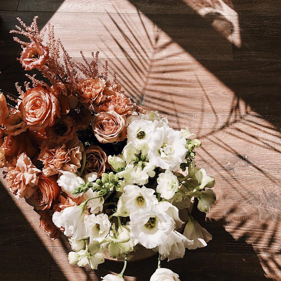 Bloemen en schaduwen