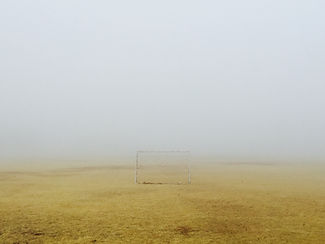 Misty Fußballplatz