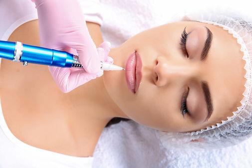 Maquilhagem Permanente para os Lábios