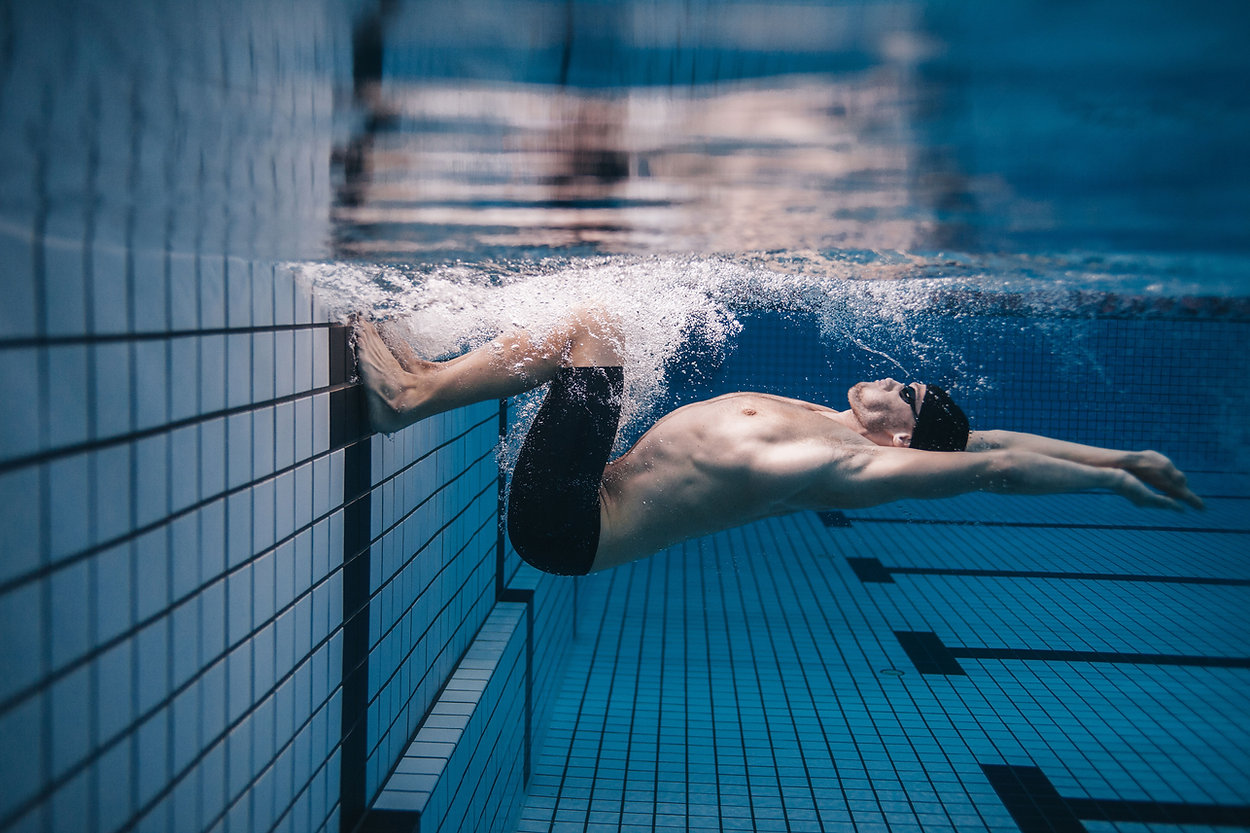 Unterwasserschwimmer