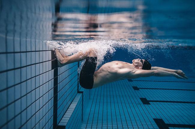 Undewater Swimmer