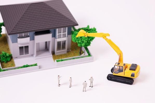 住宅工事 住まい 暮らし 作業員 重機 ショベルカー
