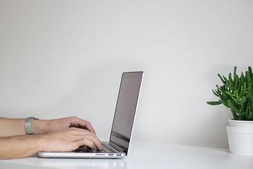 Saisie sur ordinateur portable