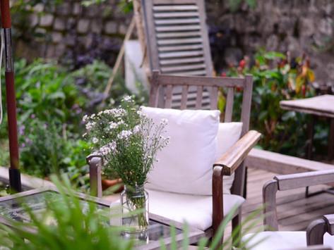 Seasonal Storage Changeover: How To Clean Garden Furniture For Summer