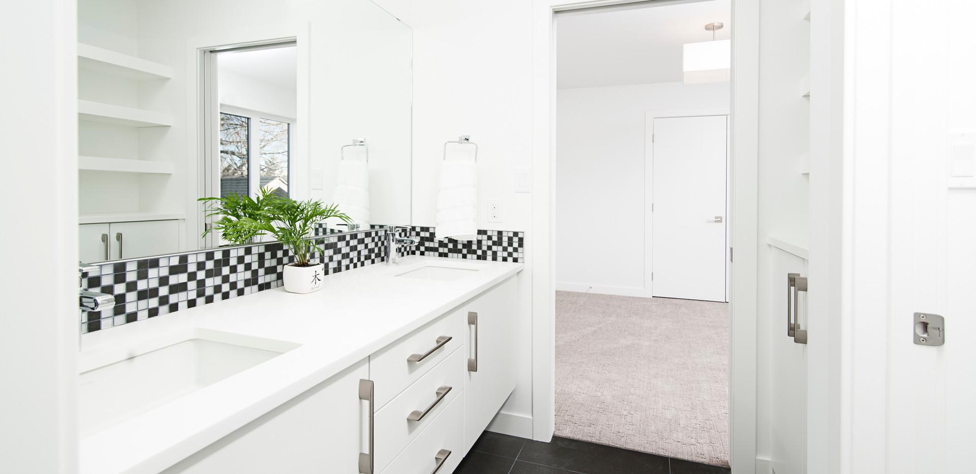 Bathroom Cabinets Refacing PRJ 01