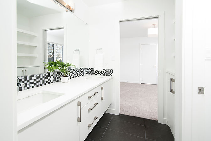 Banheiro de design minimalista