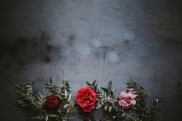 汚れた壁の花