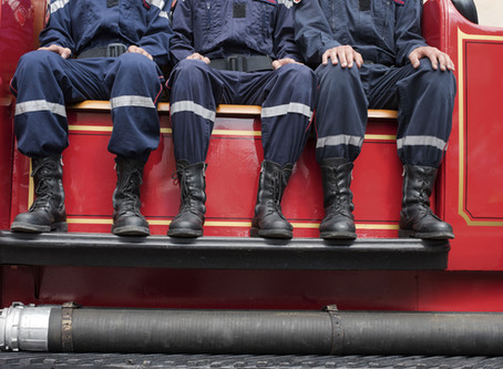 A Firefighter's Promise - Michelle Anne