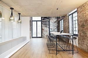 Sala de reuniones de oficina moderna