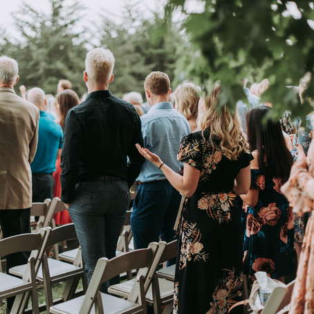 5 Reasons to consider a Celebrant