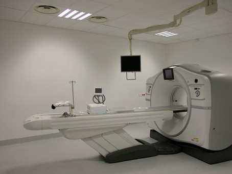 Comparison between New and Refurbished Medical Equipment