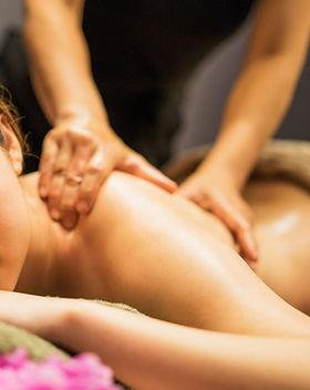 Massaggio rilassante alla schiena
