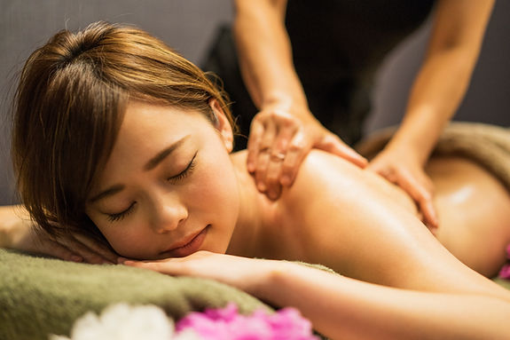 Relaxační masáž zad