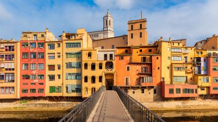 DESTINATION GUIDE: Girona