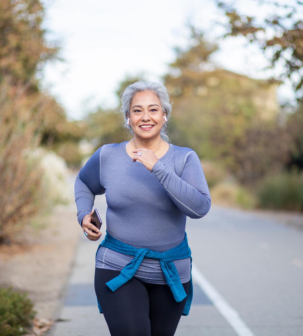 Woman Running Knee Pain