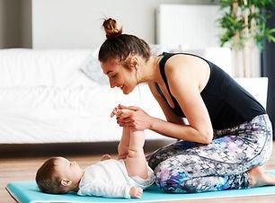 Mor og baby træner
