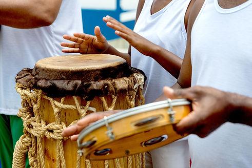 Instrumentos musicales de capoeira