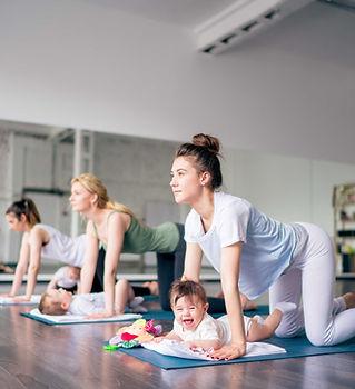 Babys und Yoga