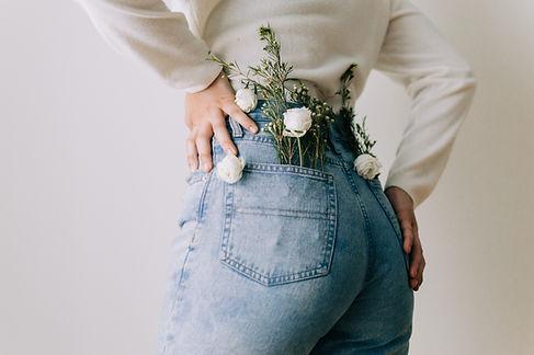 Blumen in der Tasche