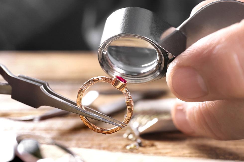Ispezione di un anello