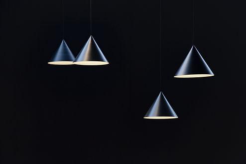 Lámparas de forma cónica