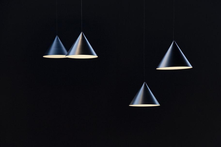 Lâmpadas de forma de cone