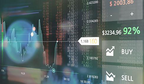 Trading-Grafiken auf dem Computermonitor