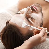 Tratamento facial para homens