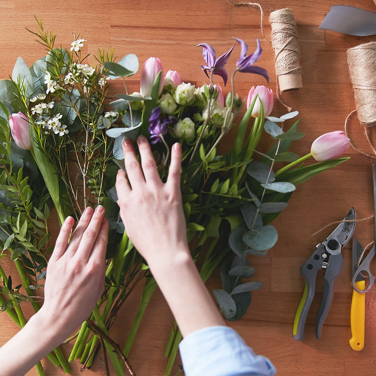 WWC Flower Arranging At The Lake Club - Members Only